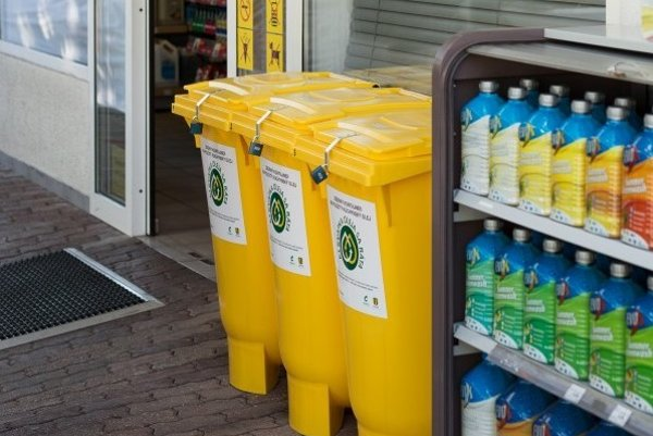 People can dispose of used cooking oil at petrol stations.