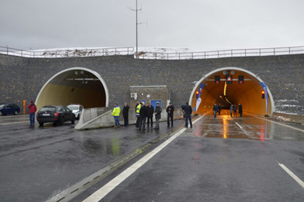 Opening of the Šibenik tunnel.