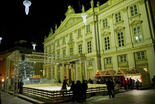 Bratislava, winter edition - Primate's Palace.