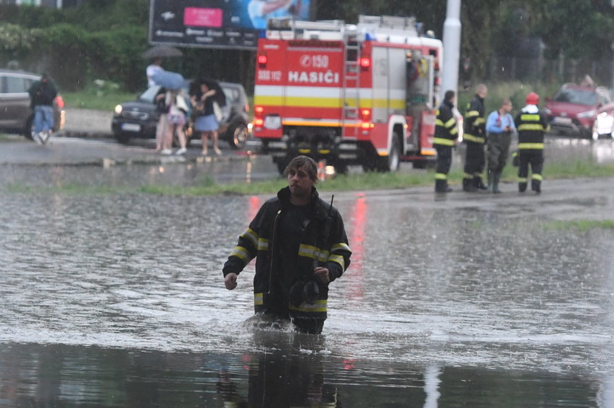 Heavy rain caused troubles in the west - spectator.sme.sk 463b7ce5060
