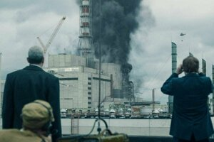 They tried to extinguish reactor number 4 by dusting but failed. (A scene from the HBO miniseries.)