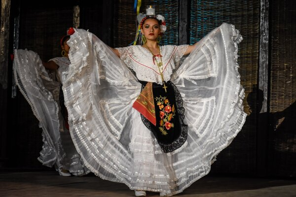 A dancer from Compania Mexicana de Danza Folklorica at the Myjava Folklore Festival.