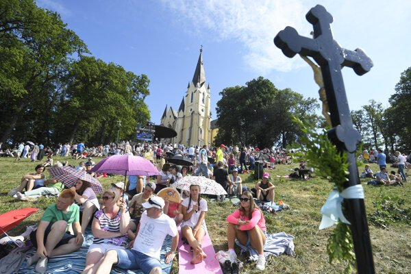 The pilgrimage on Marian Hill near Levoča drew nearly 400,000 people over the weekend.