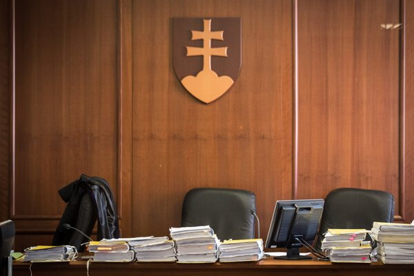 Most Slovaks do not trust Slovak courts, the latest Focus poll suggests.