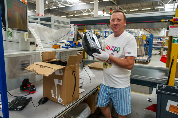 Amazon has recruited 700 temporary workers ahead of Christmas in Slovakia