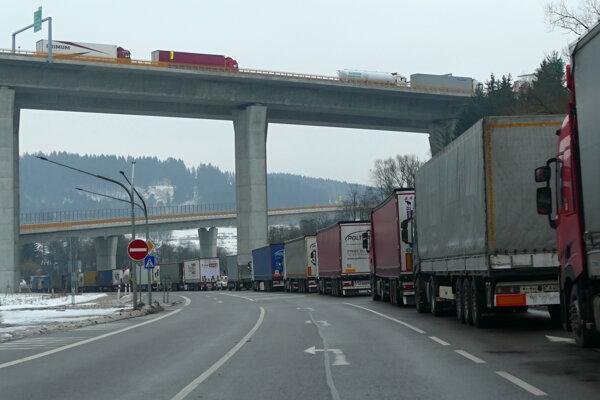 Trucks blocked the border crossing Svrčinovec, near Čadca (Žilina Region).