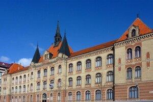 The vocational school on Fajnorovo nábrežie in Bratislava.