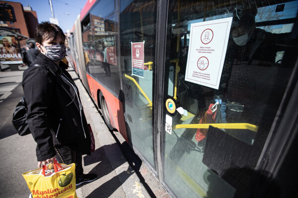 The city public transport company DPB strengthens anti-coronavirus measures.