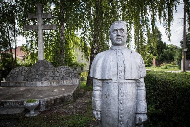 The statue of Jozef Tiso in Čakajovce