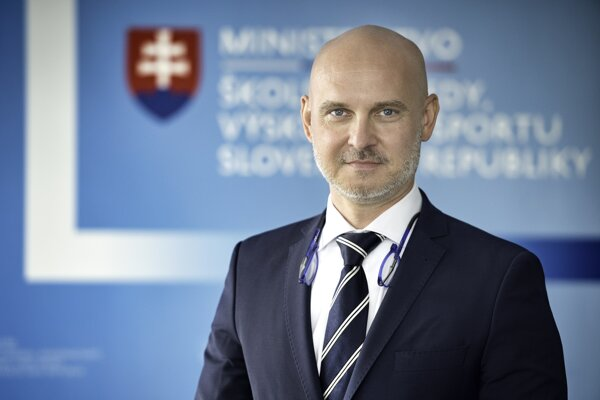 Education Minister Branislav Gröhling is said to be another politician, within a short period of time, who plagiarised his dissertation in the past.