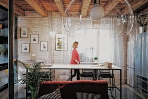 Flat AK, Bratislava, Atelier: GutGut