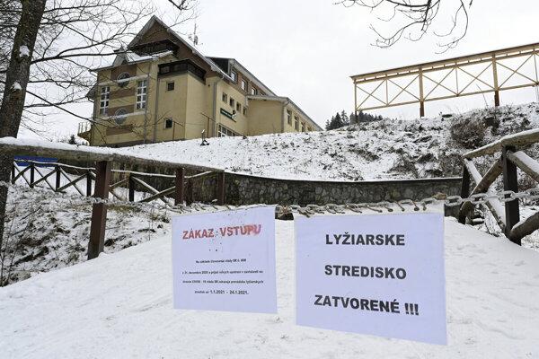The Ski Ráztoka resort in the border village of Horná Mariková (Trenčín Region) remains closed due to anti-coronavirus curbs.