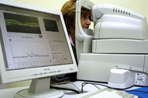 A new low requires a referral from a GP to be a ble to see a specialist