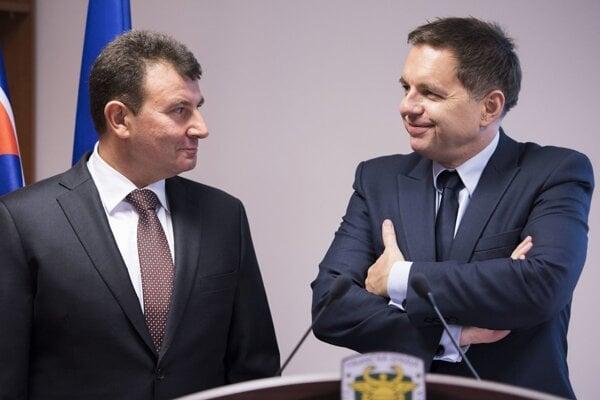 František Imrecze (l) and Peter Kažimír (r)