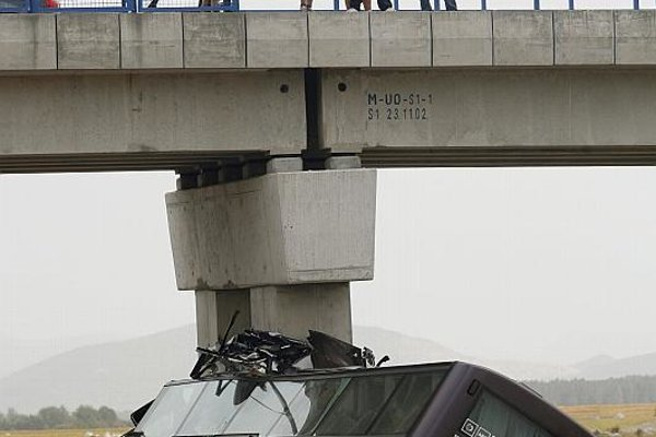 """""""The fatal accident occurred on the section of highway linking Zagreb and Split."""""""