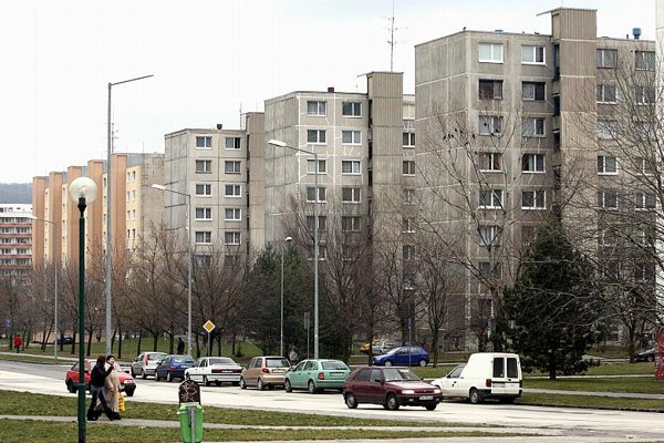 As much as 89.3 percent of the Slovakia's population live in their own flat or house.