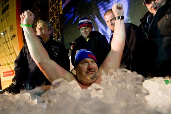 My arms have frozen: Tibor Birčák started the year by breaking a world record.