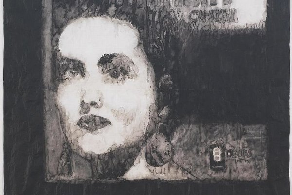 A portrait of famous Portuguese singer Amália Rodrigues, by Adriana Moler, was exhibited at Café Portugal.