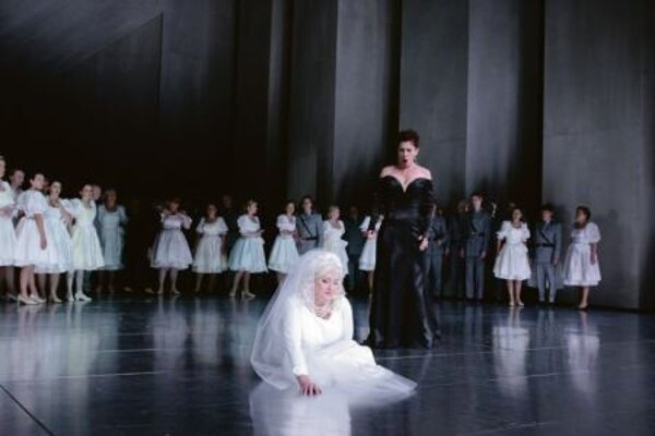 Elsa and Ortrud, the Good and the Evil.