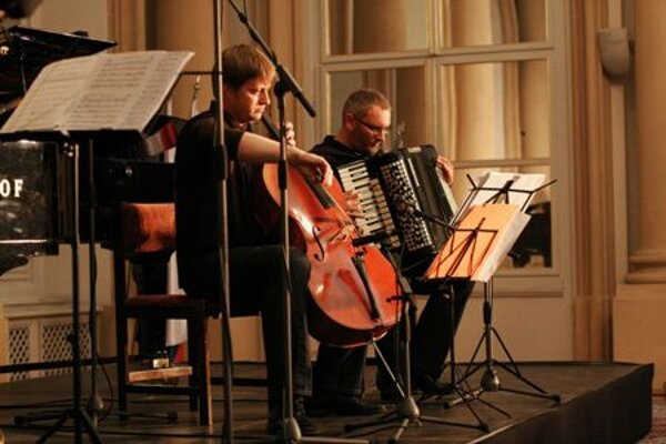 Jozef Lupták and Boris Lenko playing at Convergences.