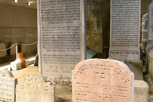 The final resting place of Chatam Sófer (on the photo), the Chief Rabbi of Pressburg, whose tomb was saved despite the scarring of the landscape
