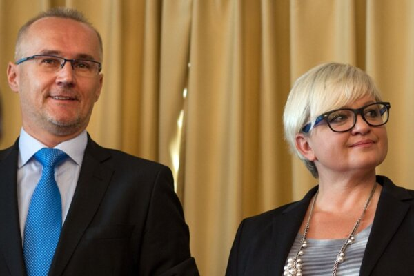 Ondrej Matej and Eva Babitzová want to run SDKÚ.