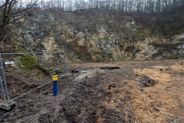Goudron dump in Devínska Nová Ves