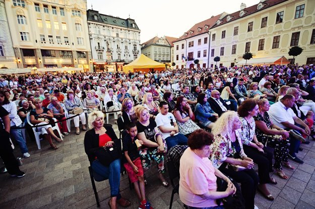 Cultural programme filled the Main Square and streets of the capital in 2015.