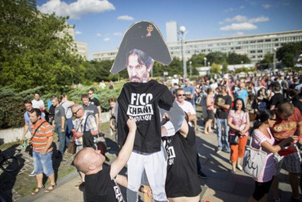 Protests against Kaliňák, summer 2016.