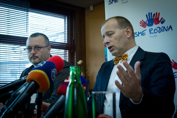 Boris Kollár (r) announced his new party.