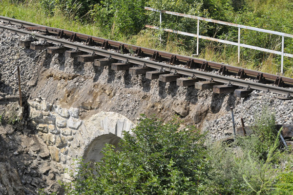 The collapsed railway bridge in High Tatras