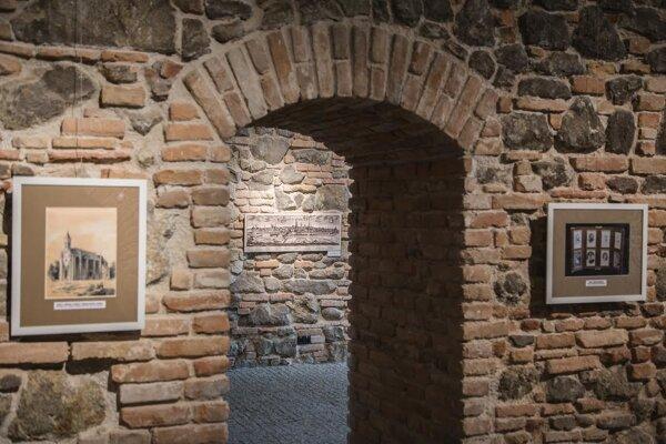 Secret prints exhibition in the Lapidarium at Bratislava Castle
