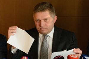 PM Robert Fico recommended people tear invoices for electricity after the price increase.