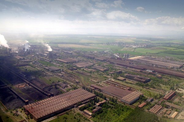 Aerial view of USSK in 2001.