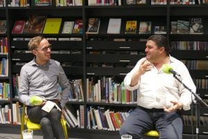 Assaf Alassaf (r) talked about his life and his book in Bratislava