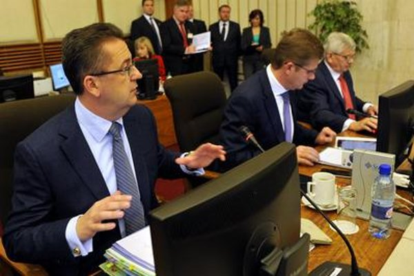 Environment Minister Peter Žiga (L)