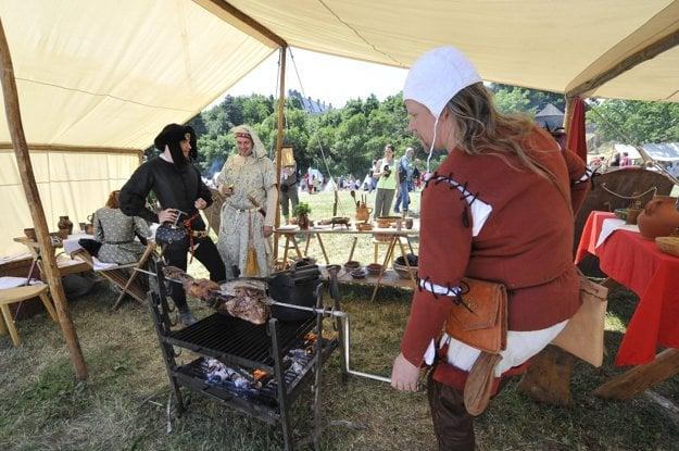 Medieval festival at Červený Kameň