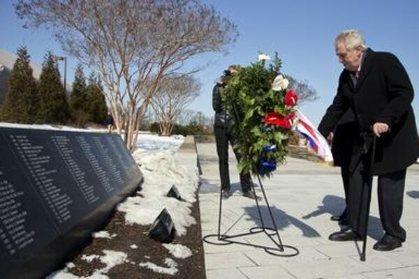 Zeman lays wreaths at the memorial for Pentagon victims on March 2.