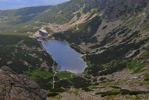 Velické Pleso lake and Sliezsky Dom in Velická valley in the High Tatras.