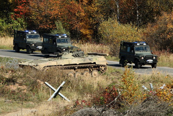 Slovak army training.