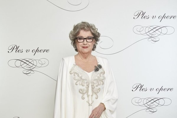 Actress Božidara Turzonovová was the host of the Opera Ball 2018.