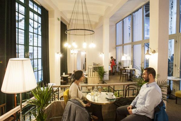 A café can also be a social enterprise.