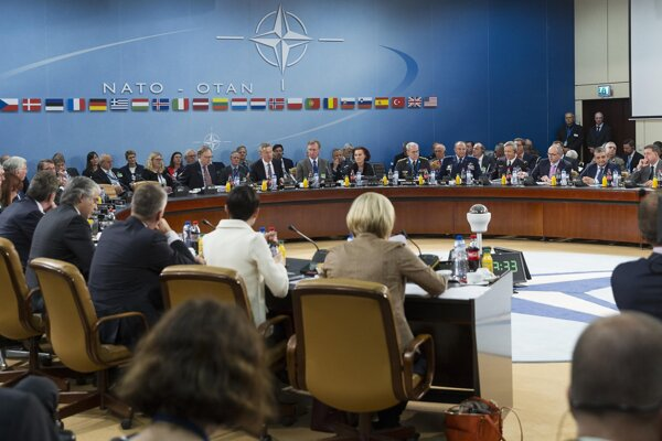 Meeting of NATO defence ministers in Brussels (Slovak Glváč 6th from left at the table)