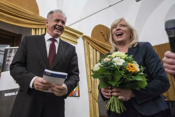 Former PM Iveta Radičová (right) with President Andrej Kiska (right.
