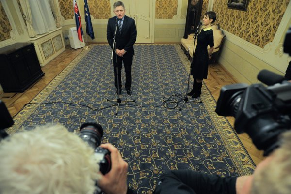 Smer's Robert Fico briefs on results of talks with Most-Híd, Sieť.