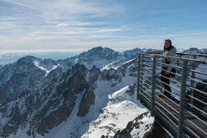 The view from Lomnický Štít peak.