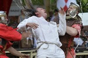 Torturing a slave