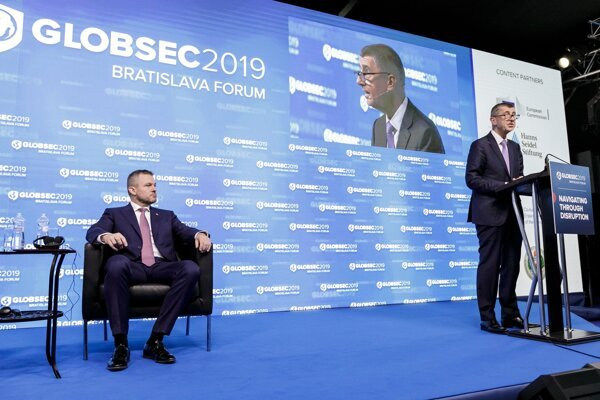 Slovak PM Peter Pellegrini and Czech PM Andrej Babiš at the 2019 Globsec Bratislava Forum on June 8