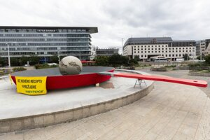 Greenpeace Slovakia installs a pan on which the Earth gets symbolically fried on Hodža Square in Bratislava on September 9, 2019