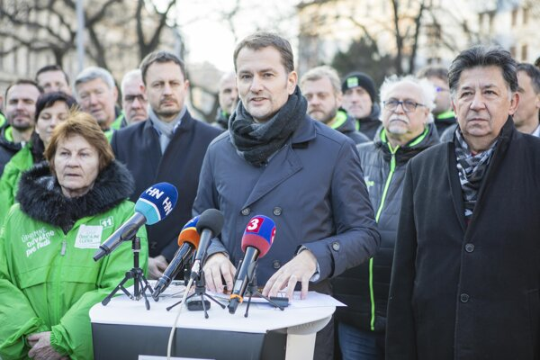 Igor Matovič (centre) and his party colleagues.